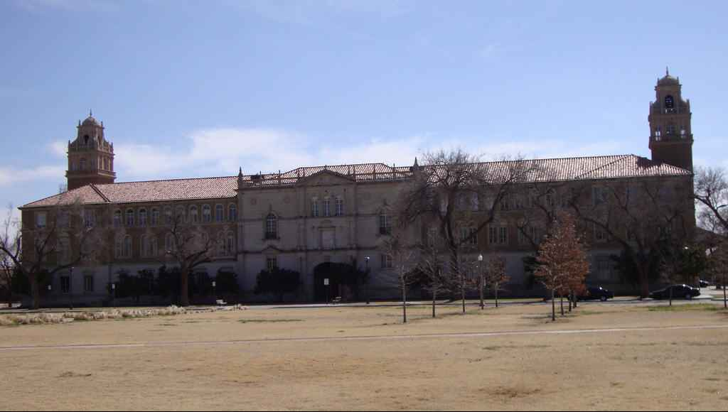 Universidad Tecnológica de Texas o Texas Tech University