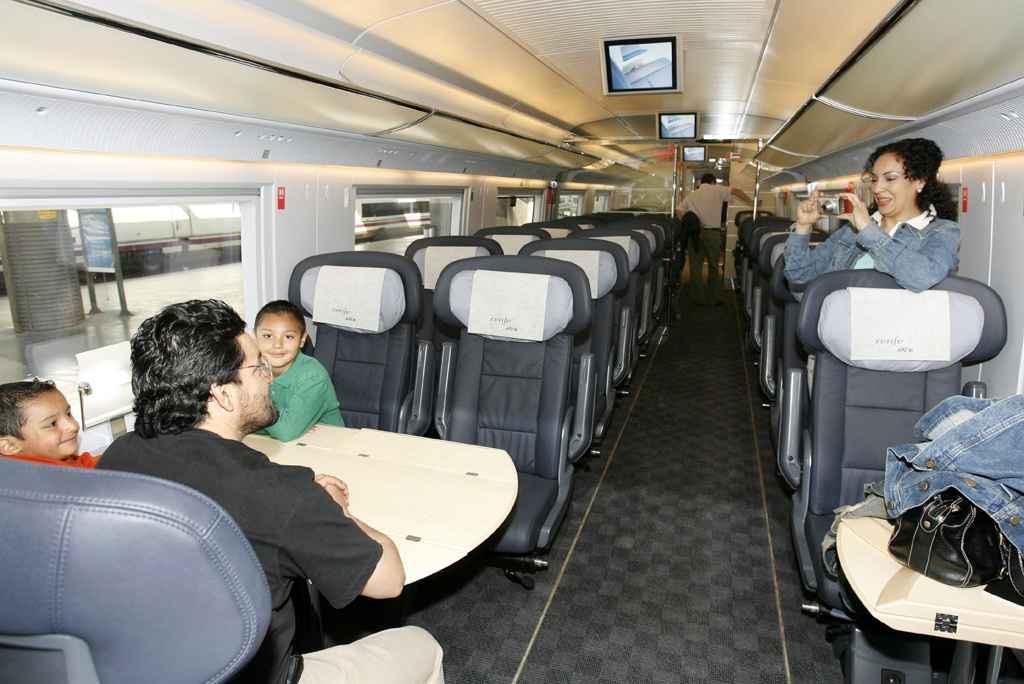 AVE - Interior de un vagón