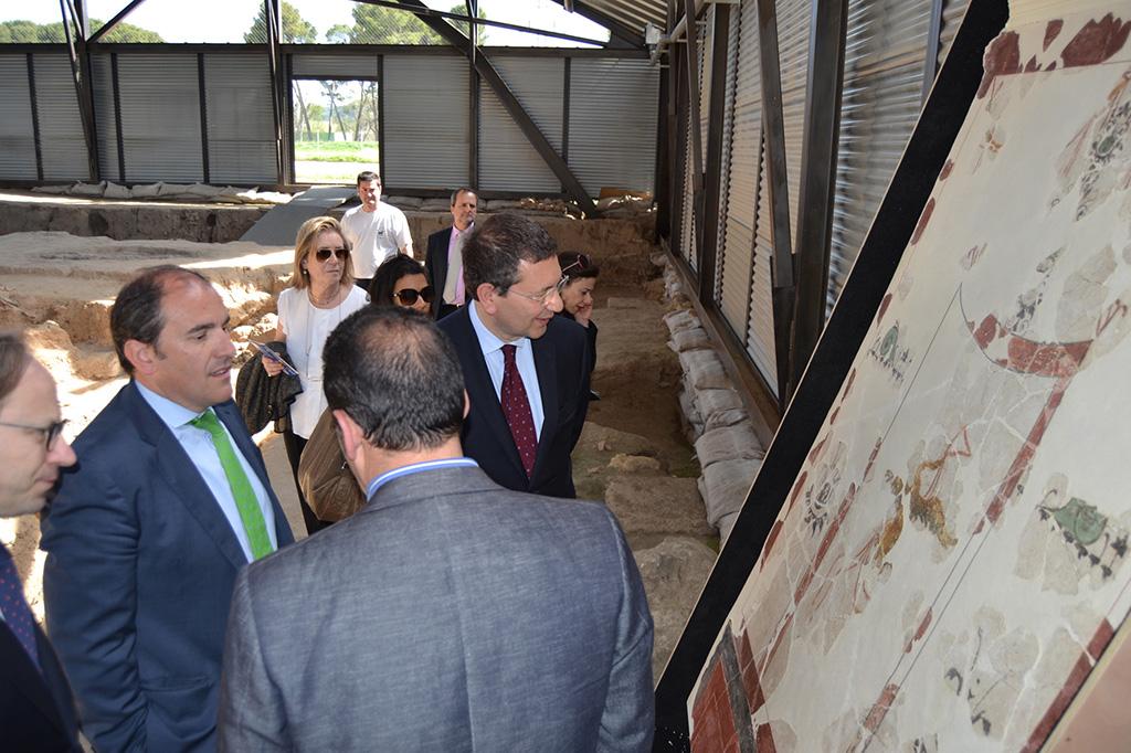 ALCALDE visita alcalde ROMA3 (Casa de los Grifos PINTURAS)