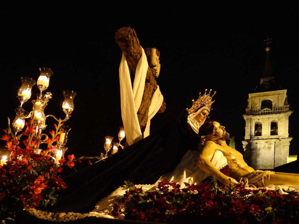 Procesión Lunes Santo Cristo de los desamparados (286)