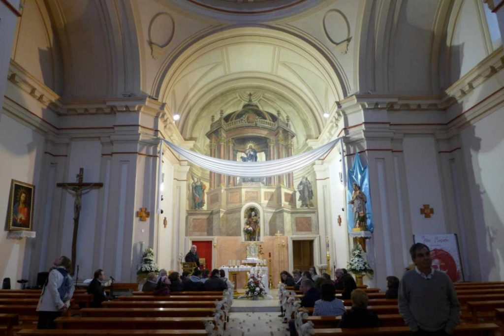 Ermita de San Isidro - interior (1)