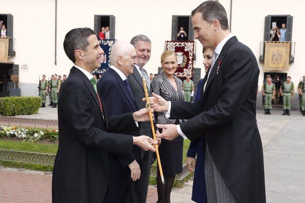 Los Reyes, en Alcalá de Henares para entregar el Premio Cervantes a Fernando del Paso (3)