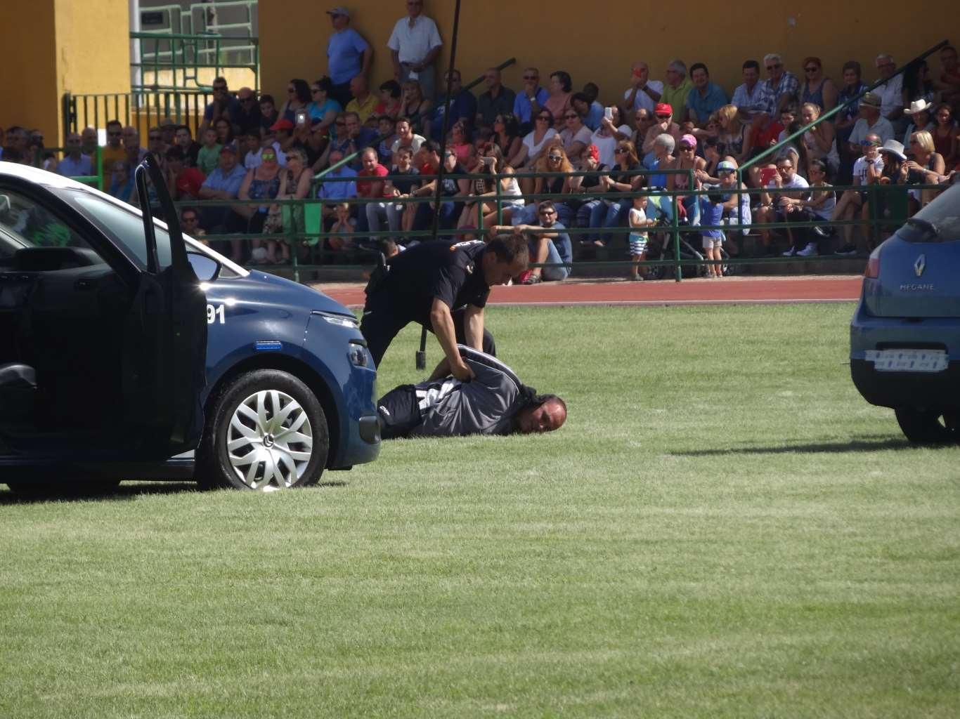 policia_exhibicion (30)