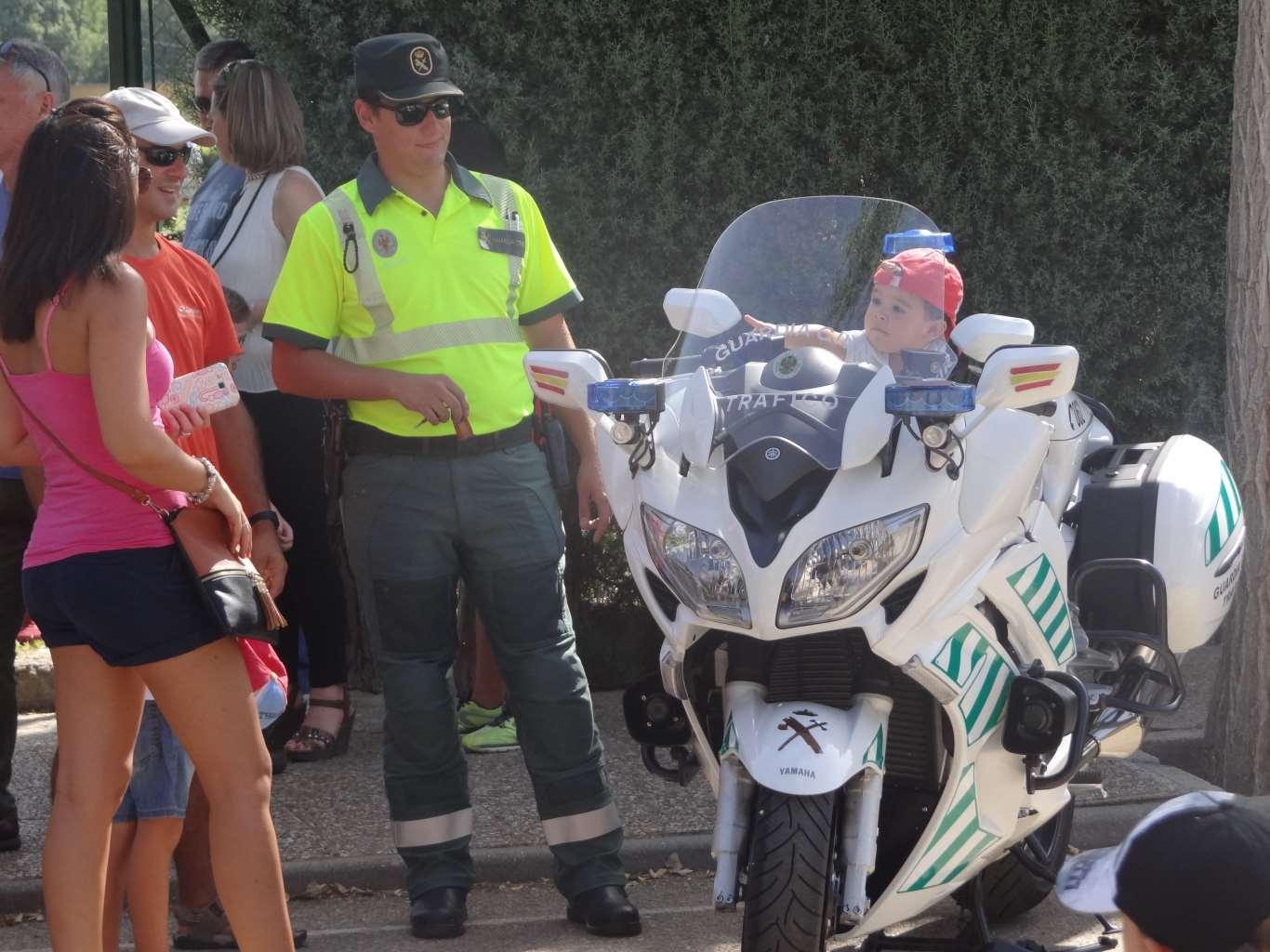 policia_exhibicion (31)