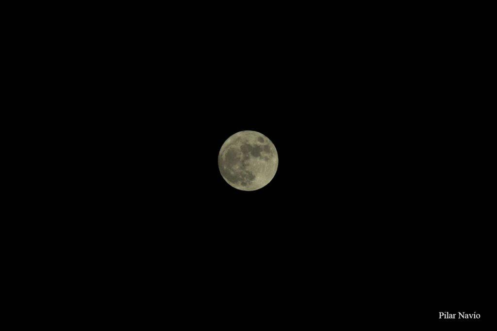 la-luna-en-alcala-segun-pilar-navio-8