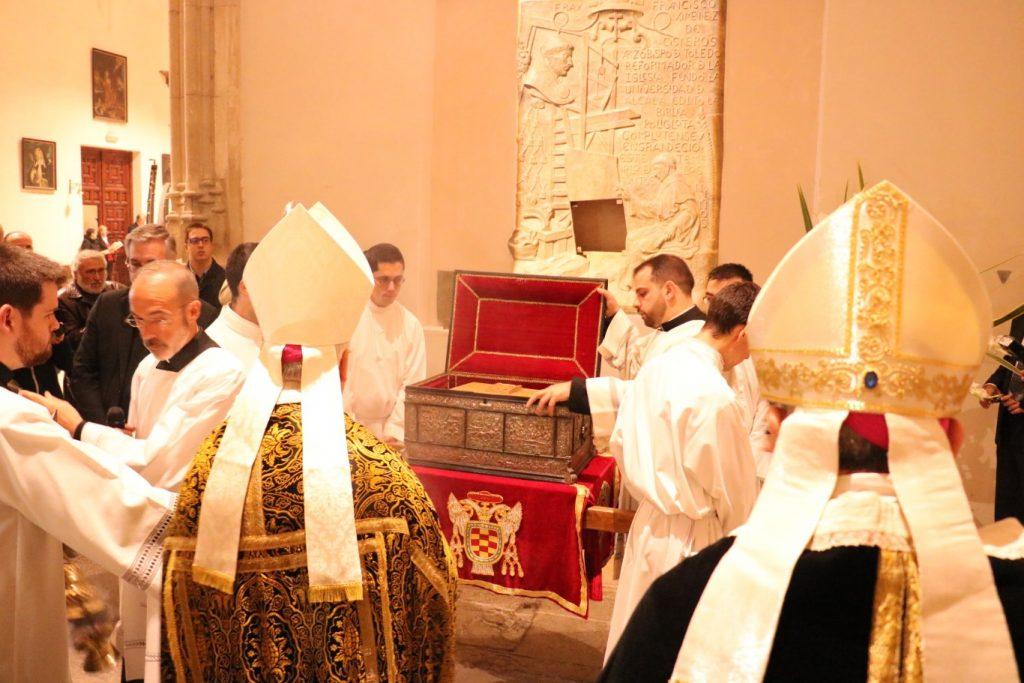 traslado-restos-cardenal-cisneros-355