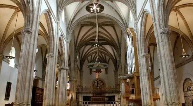 Resultado de imagen de horario catedral magistral alcalá de henares