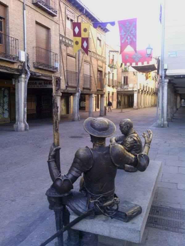 Calle Mayor durante el Mercado de Cervantes - Belén Pérez