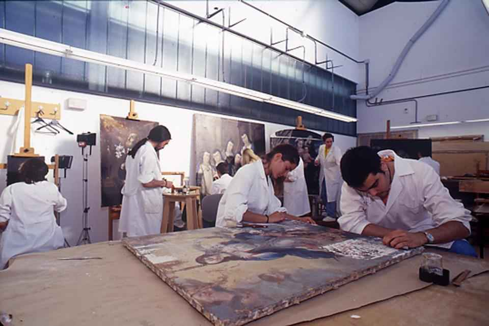 Cursos de restauraci n de pintura para todos dream alcal for Aprender a cocinar en alcala de henares