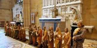 Los Doce Apóstoles de la St Mary's Cathedral de Sydney