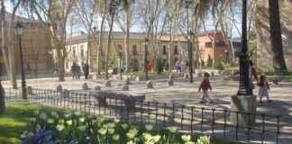 Plaza de Palacio - Úrsula Cargill García