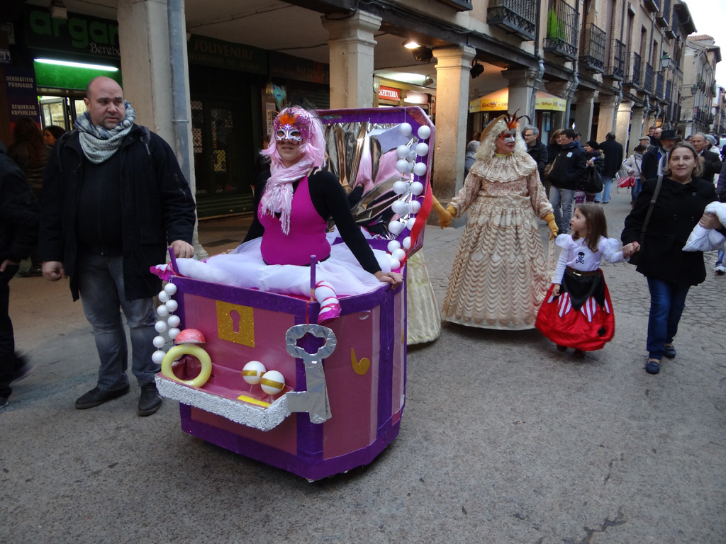 Apúntate a los Concursos de Disfraces del Carnaval 2015 - Dream Alcalá