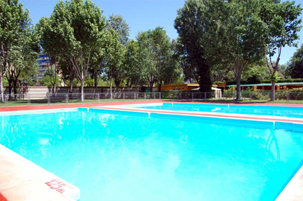 Cuanto cuesta hacer una piscina piscinas de arena with for Cuanto cuesta una piscina natural