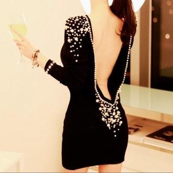 Adornar vestido negro de fiesta