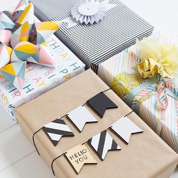 Ya vienen los reyes aprende a envolver tus regalos de - Envolver regalos grandes forma original ...