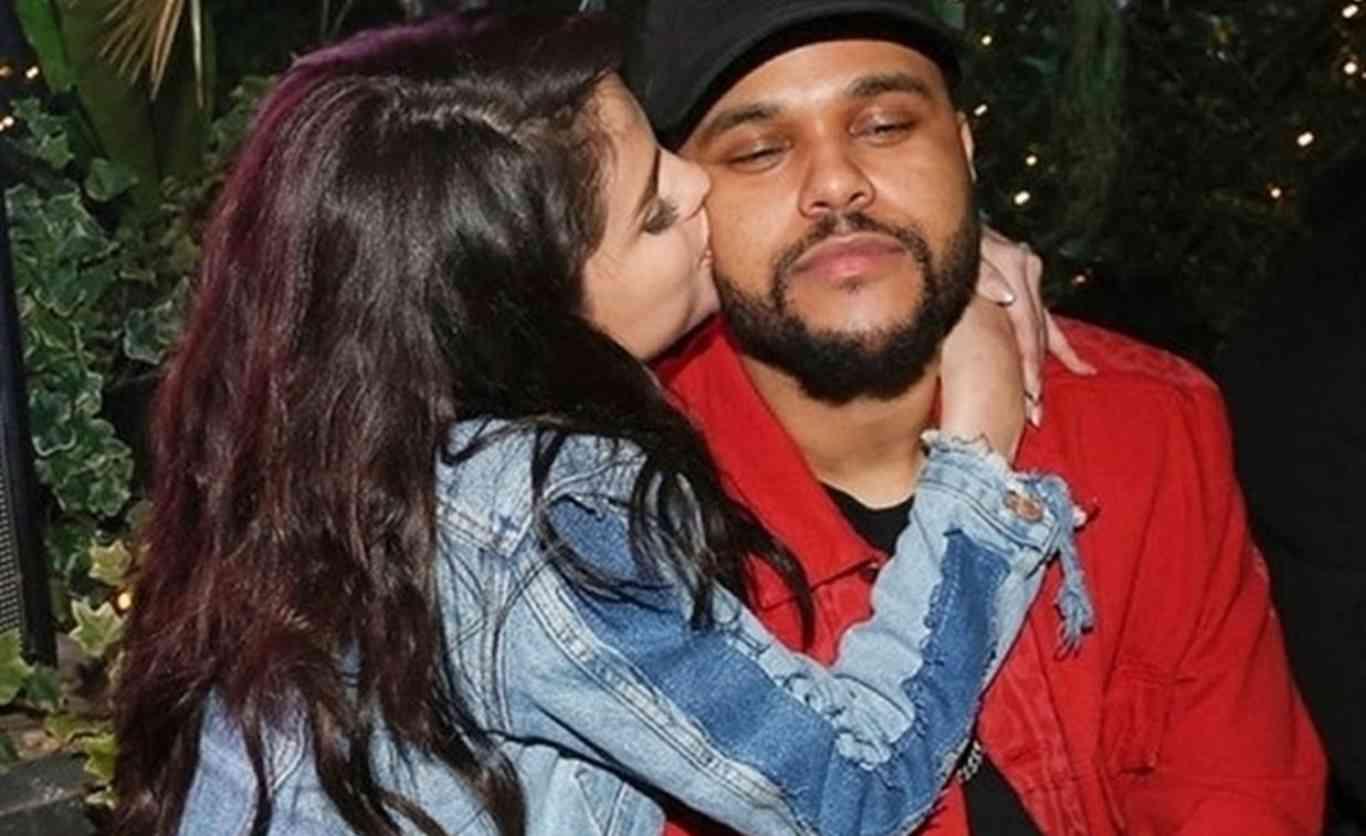 Selena Dado Vuelta Gomez Ha La Que Mundo Chaqueta ¡es Al De y7bYgvf6