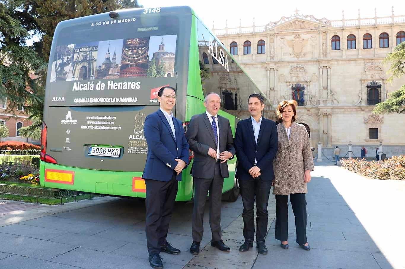 Los autobuses de alsa promocionan el turismo de alcal de for Oficina de turismo alcala de henares