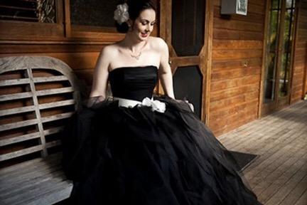 vestidos de novia negros. ¿te atreves? - dream alcalá