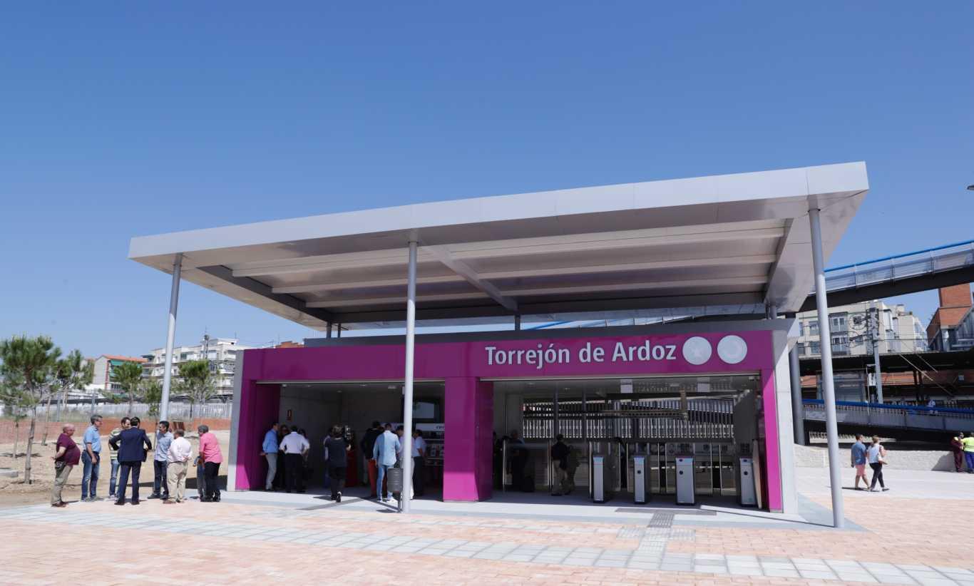 Torrej n de ardoz inaugura un nuevo acceso de cercan as for Mudanzas torrejon de ardoz