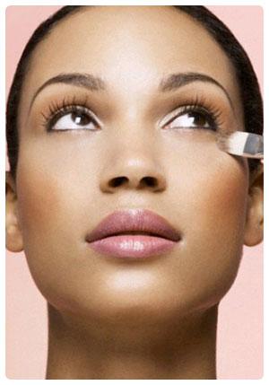 Trucos de maquillaje para disimular imperfecciones