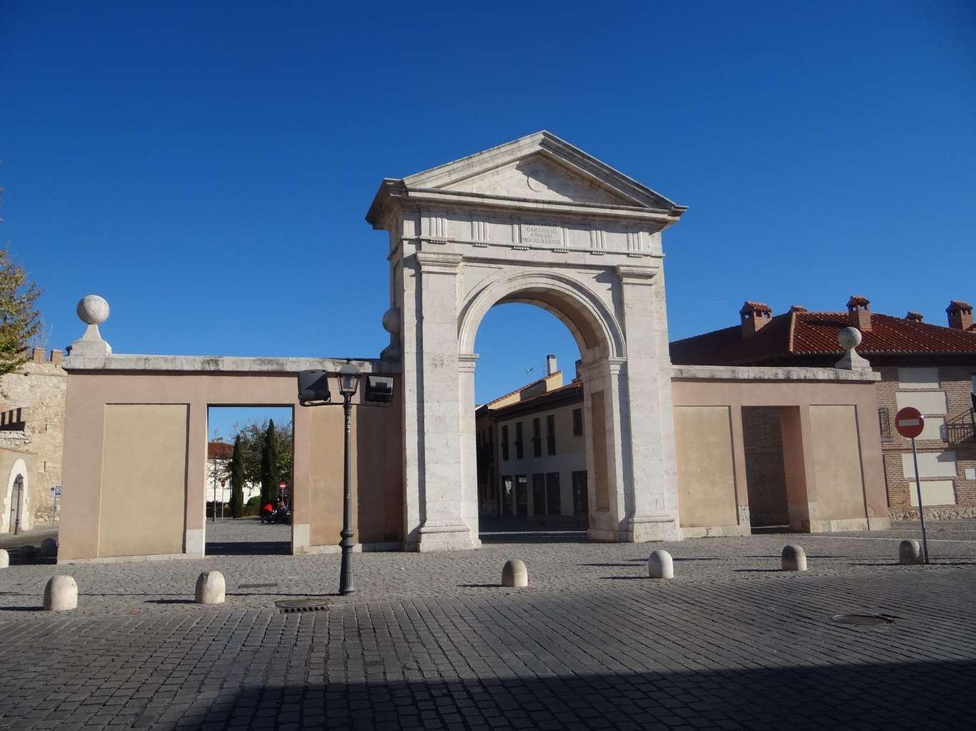 Puerta de madrid de alcal de henares dream alcal - Puertas lacadas en madrid ...