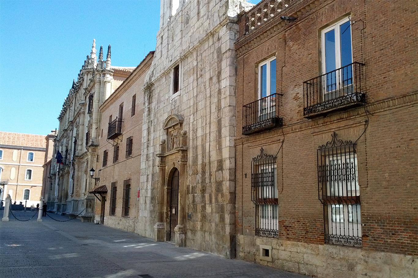 El colegio de san ildefonso ya es una de las casas - Casas regionales alcala de henares ...