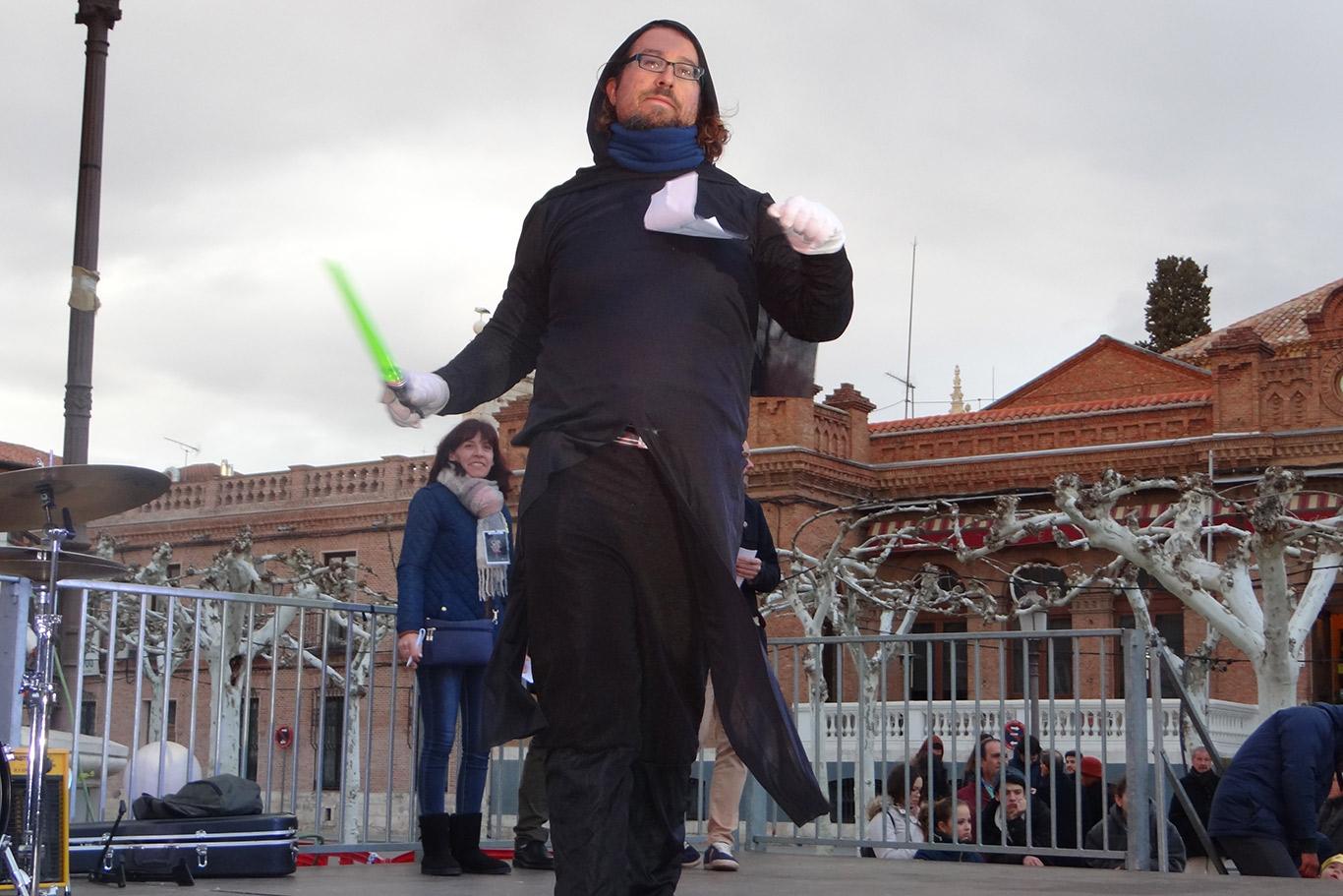 2018 mujer disfraz en Alcalá de Henares