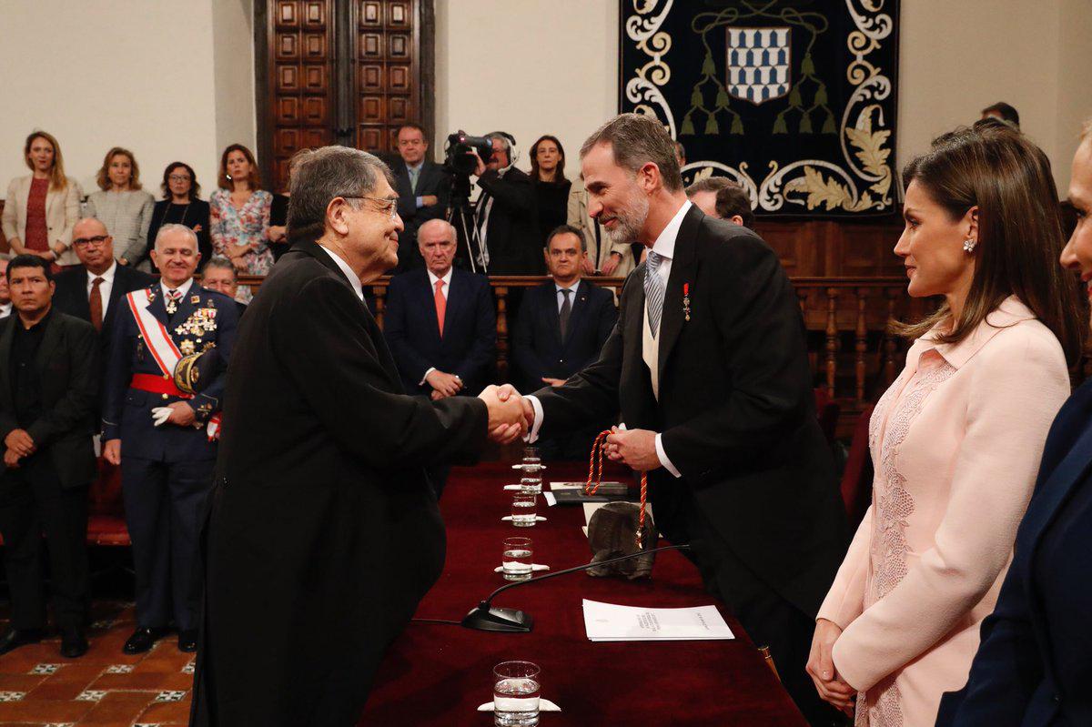 2018 Español pecho enorme en Alcalá de Henares