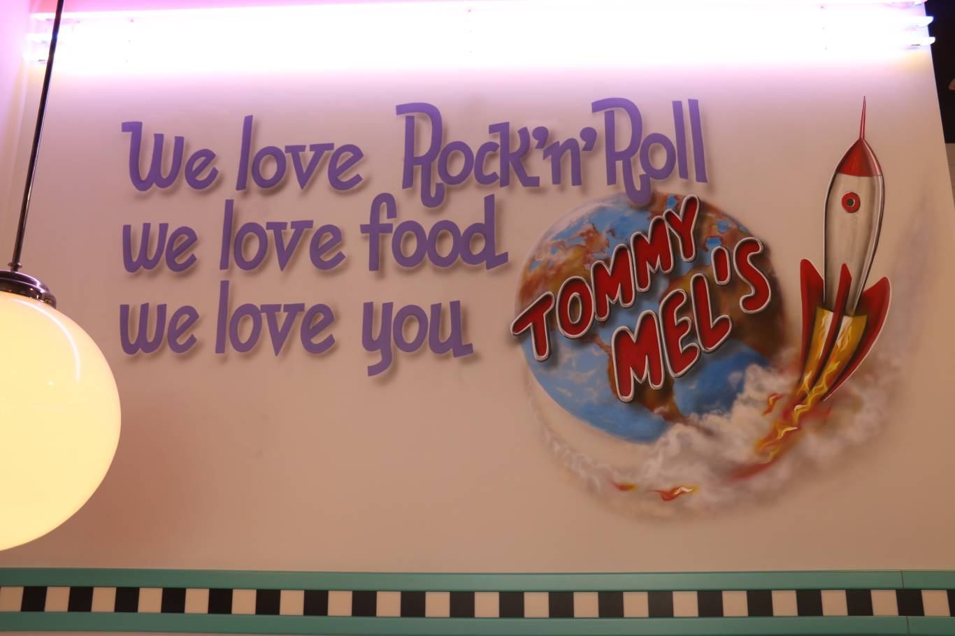 Tommy mels calle cerrajeros alcala de henares