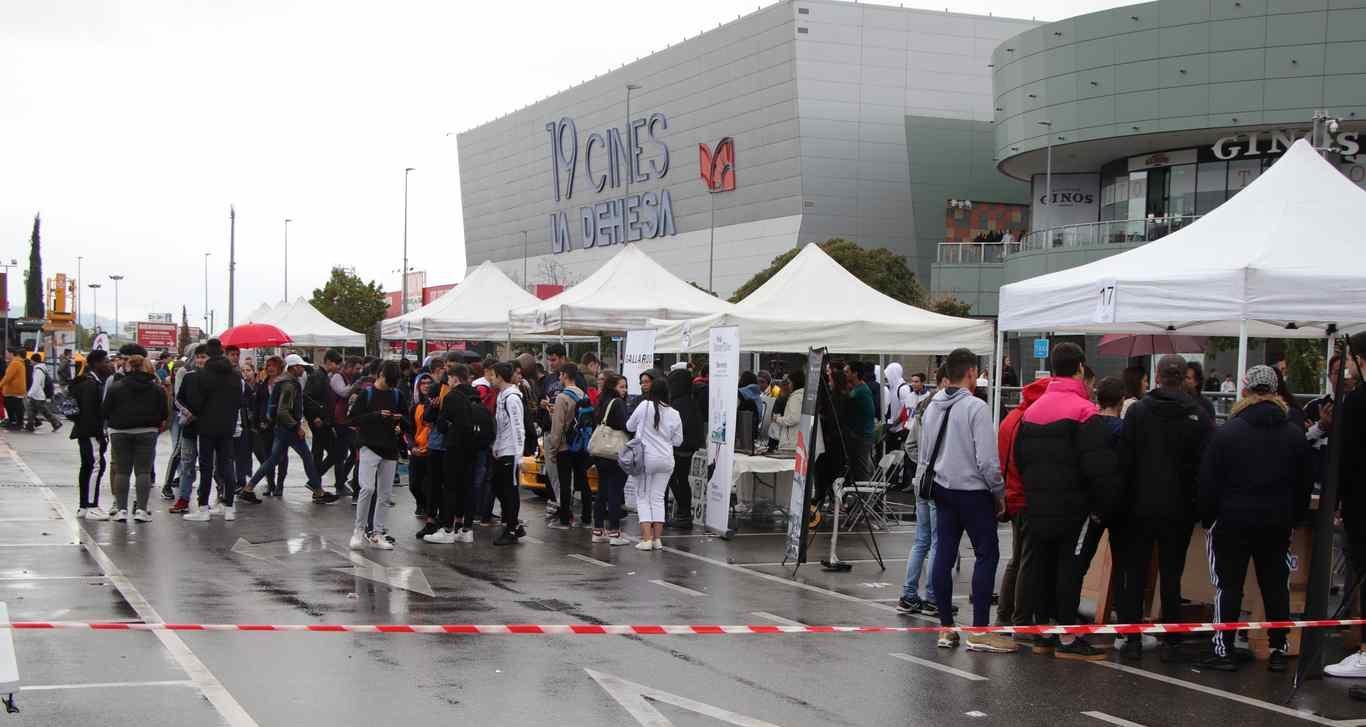 Primera Feria De Las Profesiones Del Henares Dream Alcalá